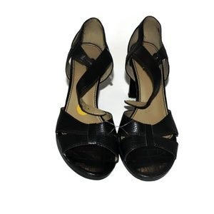 Fioni Womens Size 7 Faux Leather Strap Heel